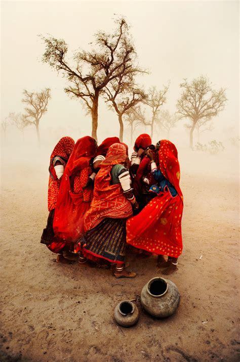 le storie dietro le le storie dietro le fotografie di steve mccurry reflex mania