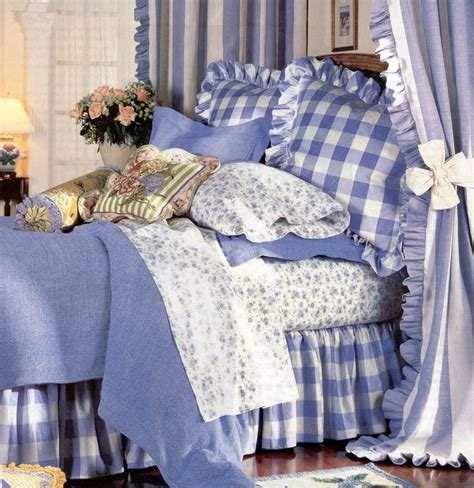 periwinkle bedding 77 best periwinkle cottage images on pinterest blue