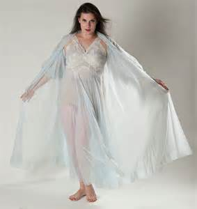 Vanity Fair Nightgowns Vintage 1950s Blue Nightgown Lingerie Lace Nightie Robe