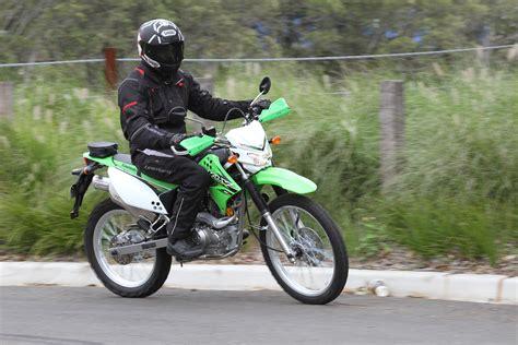 kawasaki klx 150 2015 kawasaki klx150 lams review bike review