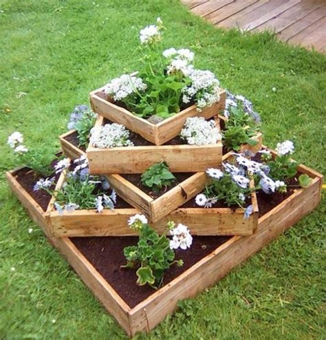 Backyard Planters Ideas by The Best Garden Ideas And Diy Yard Projects Kitchen