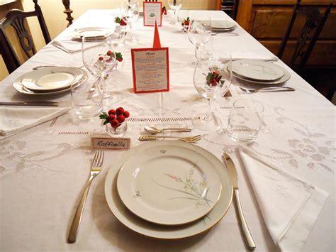 immagini tavola apparecchiata apparecchiare la tavola per occasioni speciali ricette