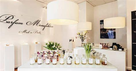 Lu Aroma Theraphy frau tonis parfum berlin aroma therapy