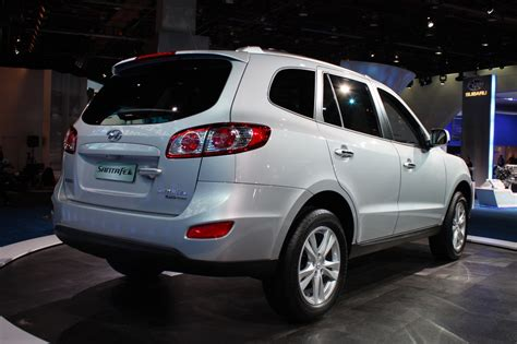 Hyundai Santa Fe 2 4 2004 Auto Images And Specification