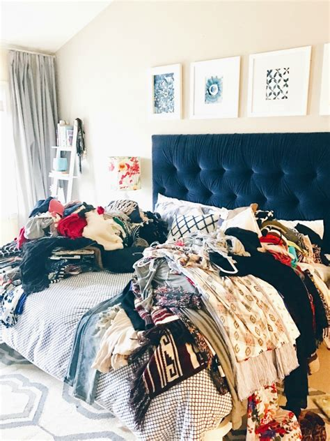 how to purge your closet sharing some great tips on how to purge your closet