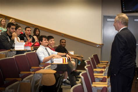 Usc Mba Program Reddit by Students Hear From Dean Puliafito Hsc News