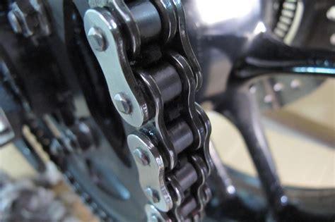 cadena de moto limpieza c 243 mo limpiar y engrasar la cadena de la moto moto1pro