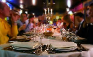 hosting a dinner hosting a sophisticated dinner party