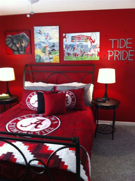 crimson bedroom ideas alabama bedroom roll tide roll pinterest