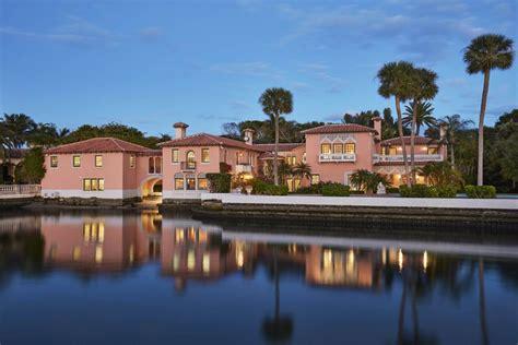 mar a lago resort palm beach florida preppy life 1 palm beach landmark near donald trump s mar a lago seeks