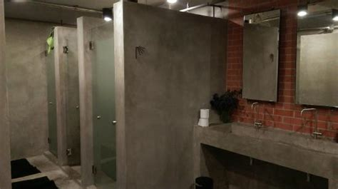 Shared Shower Between Two Bathrooms Shared Bathroom Picture Of Bed Station Hostel Bangkok Tripadvisor