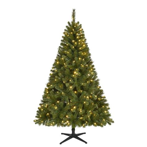 reviews home accent welsley spruce christmas tree home accents 6 5 ft pre lit led wesley spruce artificial tree with 300 color