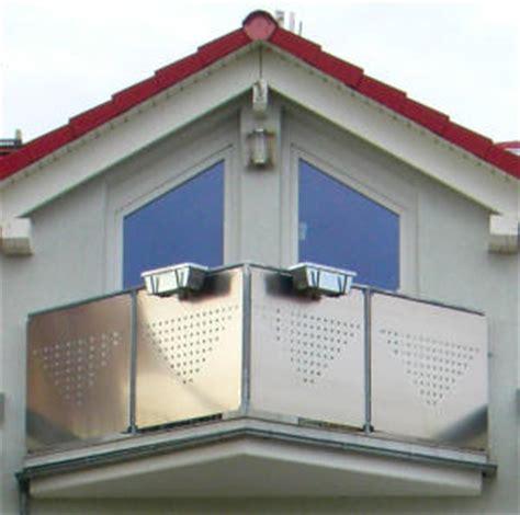 treppengeländer edelstahl konfigurator balkongel 228 nder kunststoff preise balkongelaender auburger