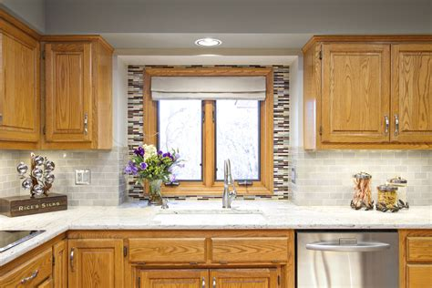 kitchen backsplash ideas with oak cabinets fantastic painting oak cabinets before and after