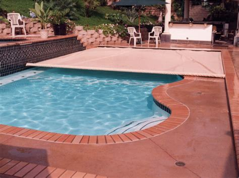 Auto Cover by Automatic Pool Covers Pro Service Pools