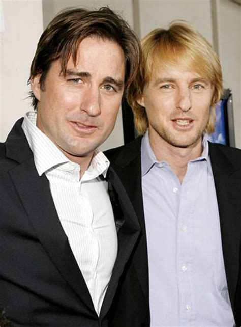 luke wilson julia roberts luke and owen wilson celebrity siblings us weekly