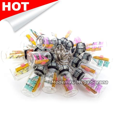 Souvenir Gantungan Kunci Botol Lilit jual souvenir gantungan kunci prau kapal dalam botol murah jogja modemku mega sarana