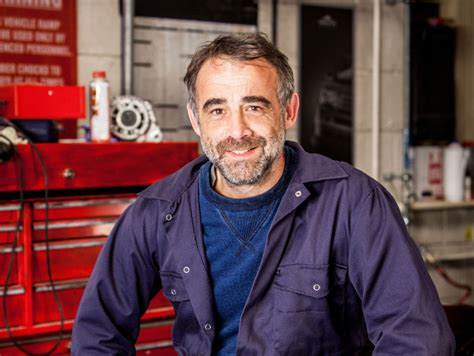 michael le michael le vell signs 150k deal to stay with coronation