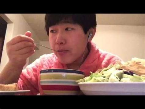 asmr eatingwhisper some of salad mukbang asmr porridge sourdough salad