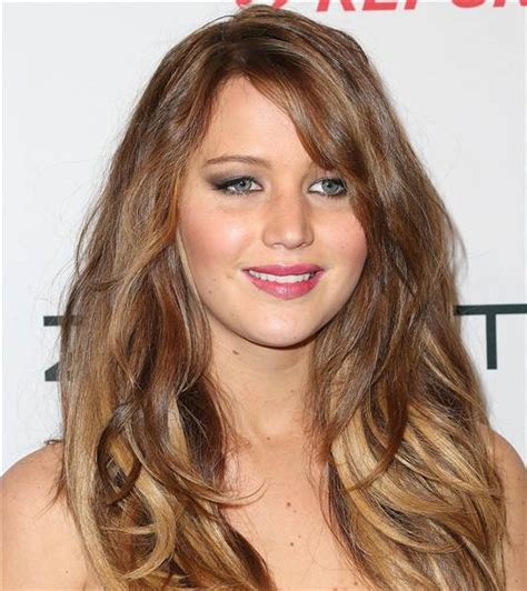 jennifer lawrence hair colors for two toned pixie jennifer lawrence has bangs see her new hairstyle