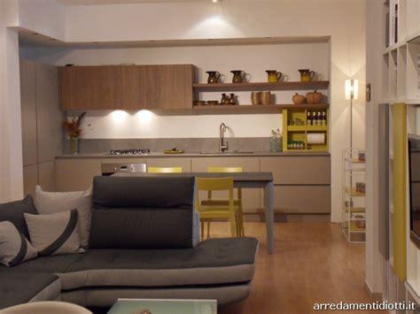 divani da cucina open space composto da cucina soggiorno e divano diotti