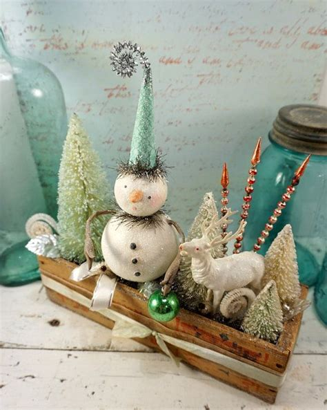 7 Great Pieces Of Snowman Decor by Decoration Folk Snowman Vintage Style