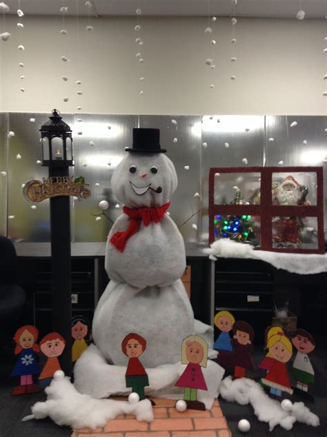 frosty the snowman christmas decorations frosty the snowman office decorations office office decorations snowman office