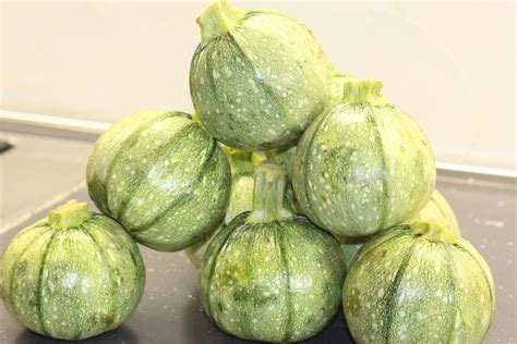 cucinare le zucchine ripiene le zucchine ripiene chezmoibyfausto
