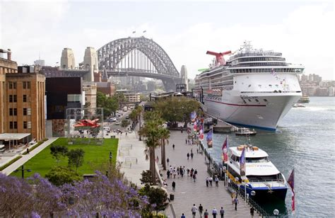 Carnival Australia - Carnival Cruise Lines Carnival Spirit World's Biggest Nose Pictures