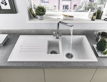 Composite Granite Sink Care by Lamona White Granite Composite 1 5 Bowl Sink Howdens Joinery