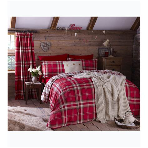 catherine lansfield city scape travel themed bedroom catherine lansfield kelso bedding set red homeware