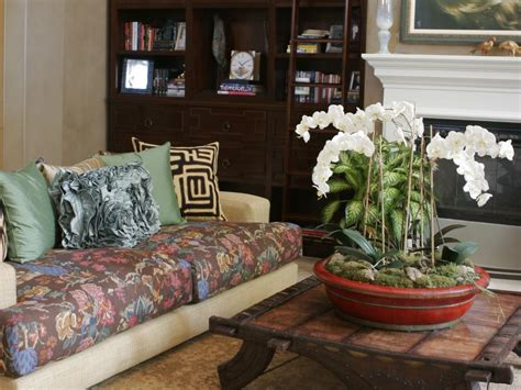 Patterned Sofas by Patterned Sofas Hgtv