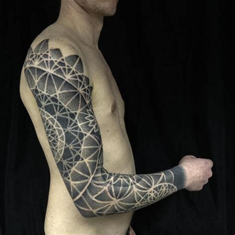 full arm and hand tattoo 36 perfect sleeve tattoos for guys with style tattooblend