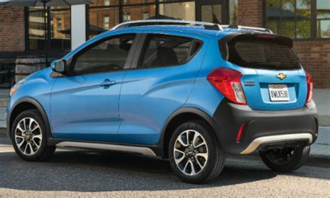 chevrolet spark activ unveiled
