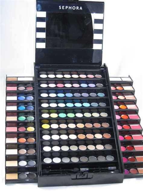 Cheap Stand Up Desk by Sephora Makeup Academy Blockbuster Palette Review