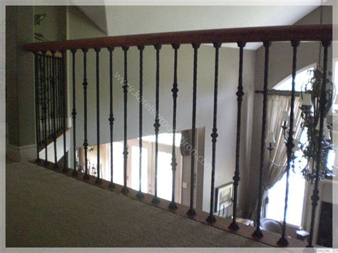 Iron Banister Rails by Best 25 Loft Railing Ideas On Rustic Cabin