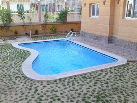 Small Backyard With Pool Landscaping Ideas Landscape Idea Small Backyard Landscaping Ideas Brisbane Ca