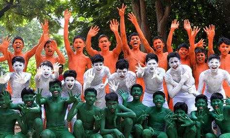 S Day On Which Date In India In Pictures India S 68th Birthday Celebrations World