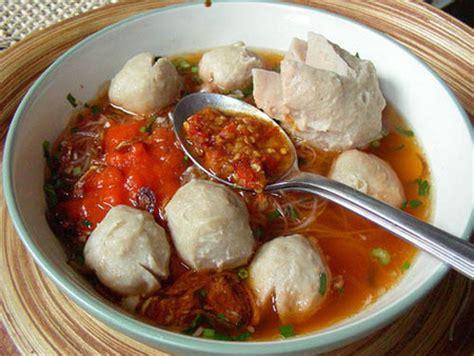 Mangkok Sup Atau Mangkok Bakso aneka makanan indonesia yang paling enak di dunia murah