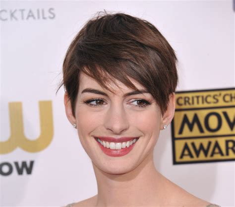 short haircuts for women here are the trendiest looks in 2017