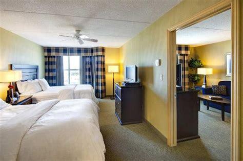 2 bedroom suites in london 2 queen beds 1 bedroom suite