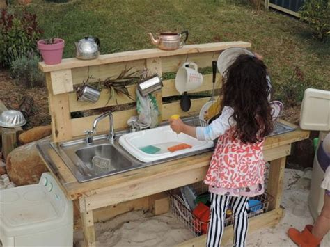 diy outdoor kitchen ideas recycled pallet wood outdoor kitchen pallet wood projects
