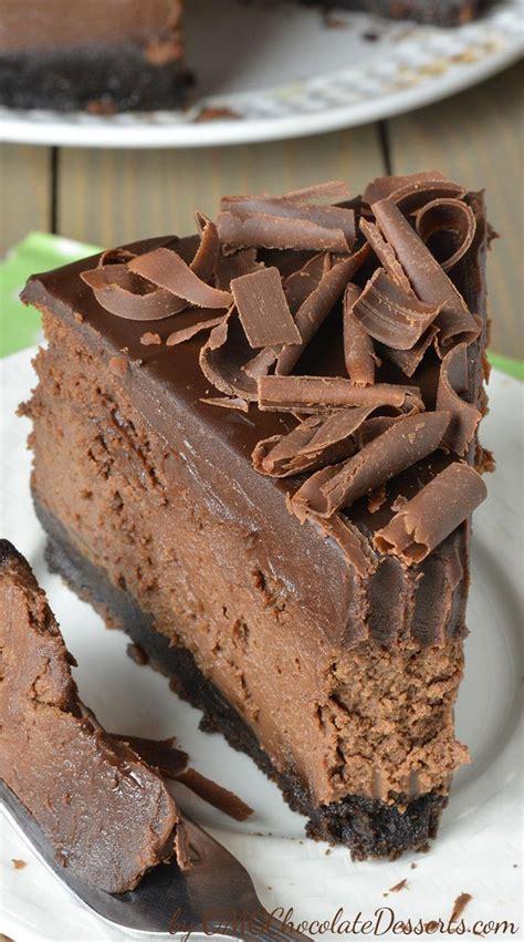 Chocaholic Mini Oreo chocolate cheesecake with oreo crust omg