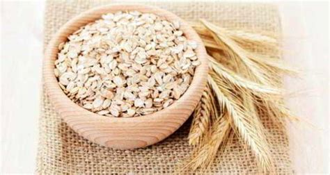 whole grains for cholesterol eat whole grain oats to lower cholesterol and boost