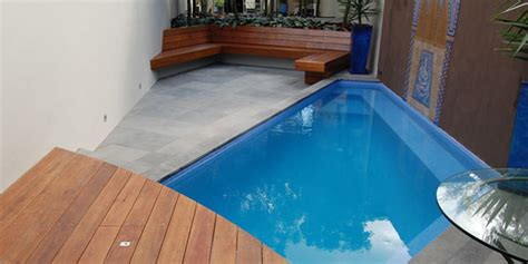 17 refreshing ideas of small backyard pool design 17 refreshing ideas of small backyard pool design