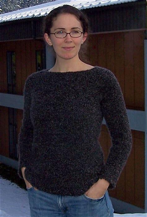 knit raglan sweater pattern free comfy raglan sweater free pattern the running yarn