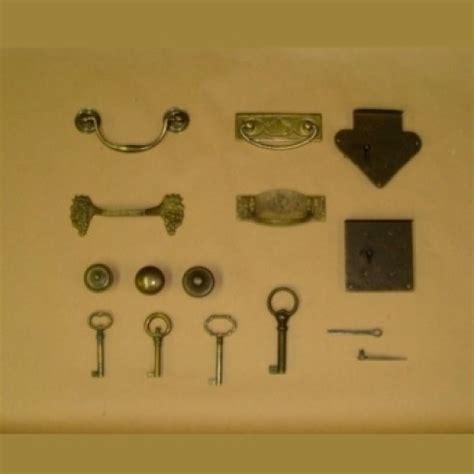 ferramenta x mobili prodotti di ferramenta per mobili firenze ferramenta leoni