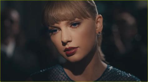 taylor swift delicate no music taylor swift drops delicate video dances like no ones