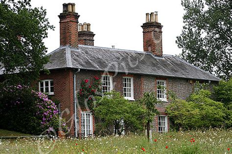 middleton family home the middleton s family home in bucklebury berkshire