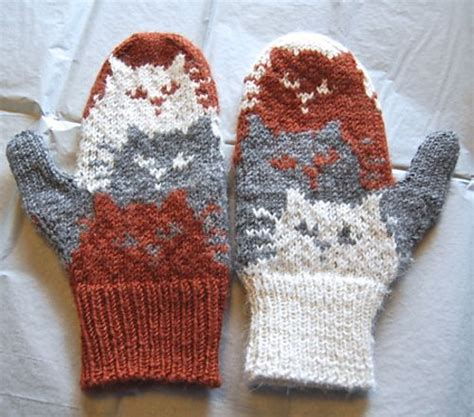 yarn kitty pattern cat mittens in valley yarns amherst gt gt ravelry